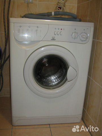 Продам исправную стиральную машину indesit W 83 T.