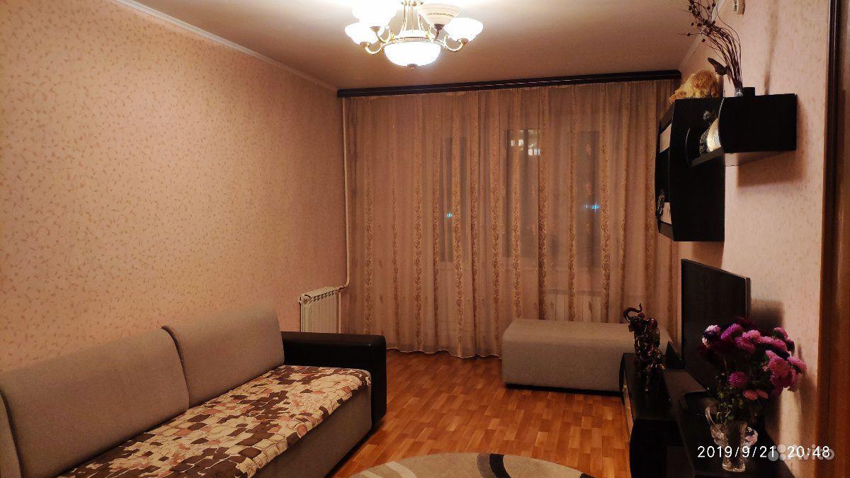 Продам 3-комнатную квартиру в городе Курск, на улице Вячеслава Клыкова проспект, дом 5, 4-этаж 17-этажного Панельный дома, площадь: 81/50/11 м2