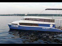 Моторная яхта (хаузбот)