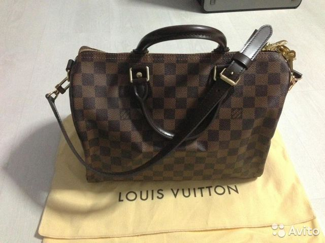 louis vuitton malletier v dooney New york -- louis vuitton malletier today issued the following statement following a favorable ruling by the second circuit court of appeals in its trademark infringement lawsuit against dooney & bourke louis vuitton malletier said: louis vuitton is gratified that the second circuit court of.