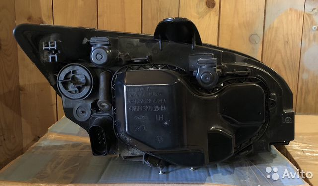 Фары оригинальные Ford Focus ll ST левая/правая
