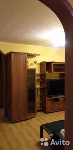Продается трехкомнатная квартира за 3 400 000 рублей. Мурманск, улица Ломоносова, 12.
