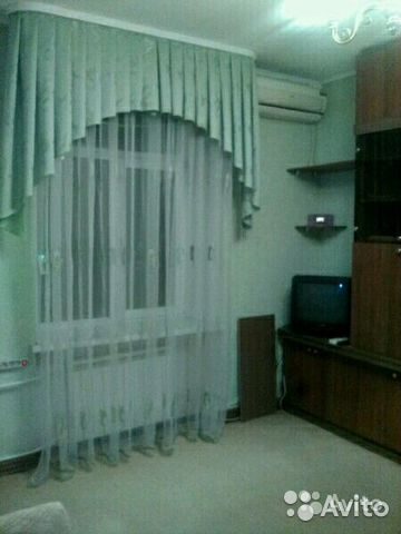 Продается однокомнатная квартира за 1 230 000 рублей. Ламповая 3 / р-н 75 школы.