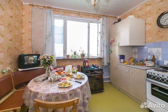 Продается двухкомнатная квартира за 11 000 000 рублей. Литовский б-р, 1.