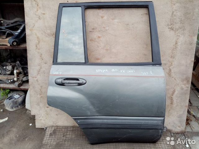 89026196331 Дверь задняя правая Toyota Land Cruiser 100 4.7