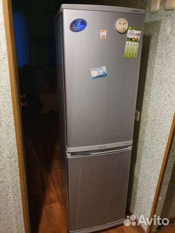 Холодильник,возможно на запчасти