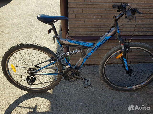Продаю на велосипеде  купить 4