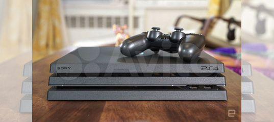 Продам игровую консоль PS4 Pro