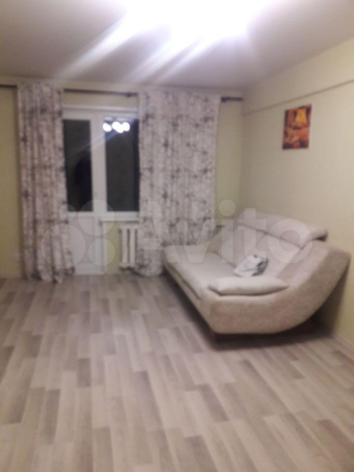 2 rum och kök, 45 m2, 5/5 golvet.  89090546807 köp 4